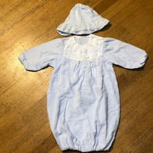 NWOT Newborn Baby's Gown and Hat